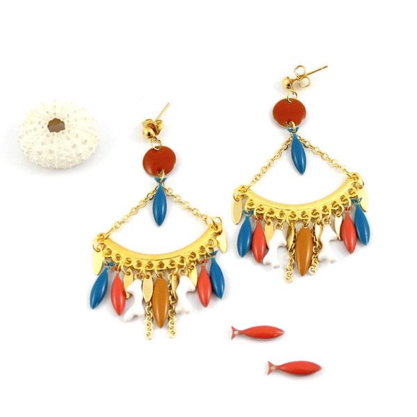 Pendientes colgantes con lentejuelas de epoxi de pescado - Perles & Co