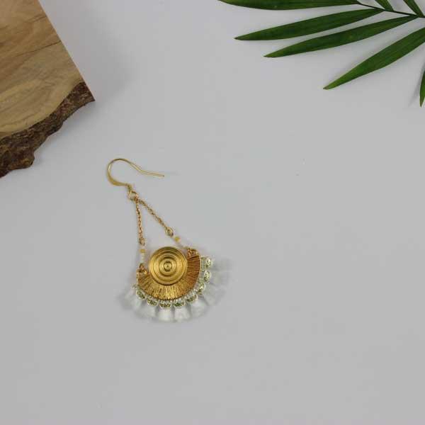 Pendientes dorados étnicos bricolaje con trenza borla - Perles & Co