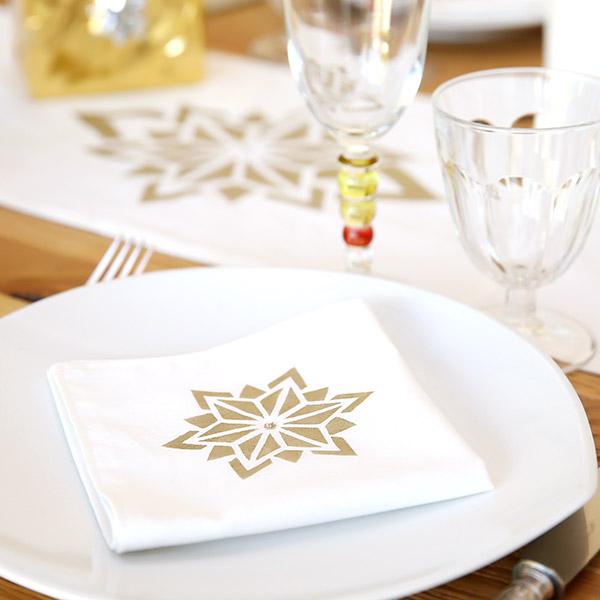 Decoración de Navidad DIY - corredor de mesa y servilletas - Perles & Co