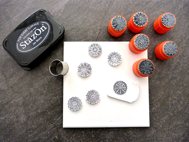 Anillos mandalas patrones con tampón y tintas - Perles & Co