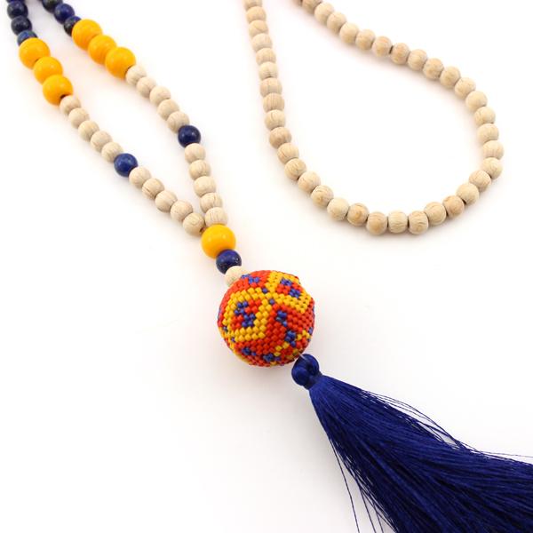 granos de la bola 3D collar Miyuki y borla - Perles & Co