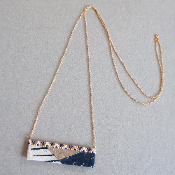 tela puente gráfico con una tejiendo perlas Brickstitch Miyuki ...