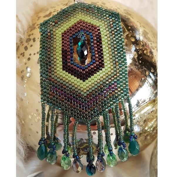 patrón pendientes de plumas de pavo real en el peyote coser con go ...