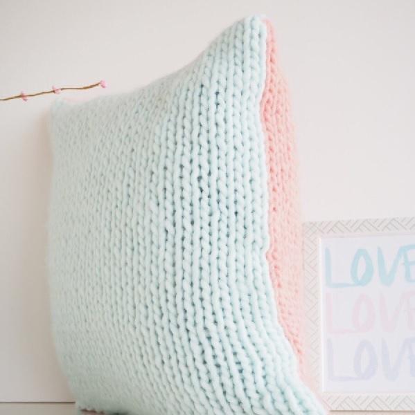 DIY de tejer - Funda de cojín de lana de punto liso de Super Chunky ...
