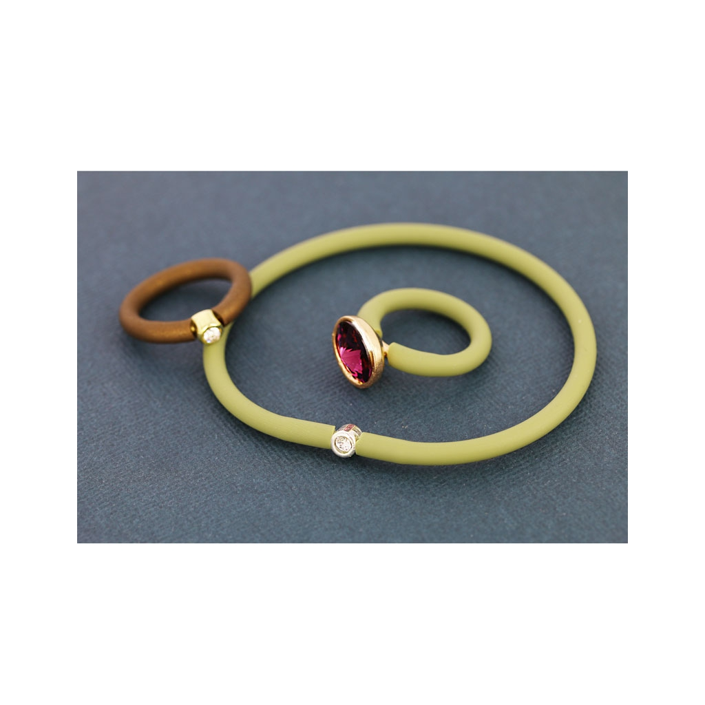 Perles /& Co Cord/ón de Caucho Hueco 4 mm Metalizado Marr/ón x 50 cm